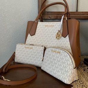 New MK set ♥️ Kimberly lg & double zipper